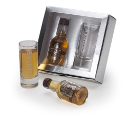 Kit  Whisky Chivas Regal miniatura
